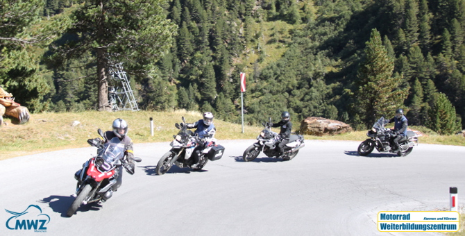 MWZ Motorrad Perfektionstraining Kurven und Kehren