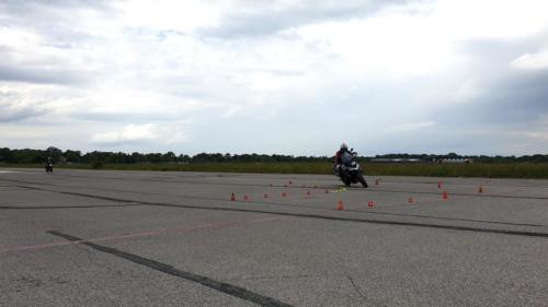 MWZ-Fahrsicherheitstraining-Motorrad-Kurventechnik-Drücken