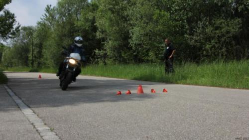 mwz-motorradtraining-im-realverkehr2012-062